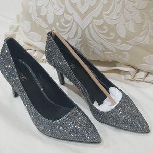 Michael Kors Shoes - Michael kors Dorothy Flex Pump, Glitter Chain